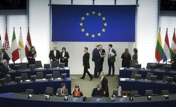Eurooppa-neuvoston ja EU-komission välillä on meneillään valtataistelu.
