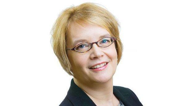 Minna Kivimäki on liikenne- ja viestintäministeriön uusi kansliapäällikkö.