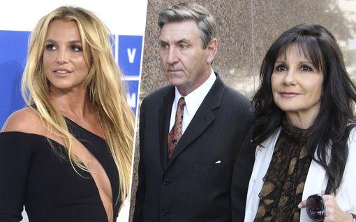 Näin Britney Spearsin vanhemmat reagoivat tähden kohulausuntoon – äiti on huolestunut, isä pahoillaan