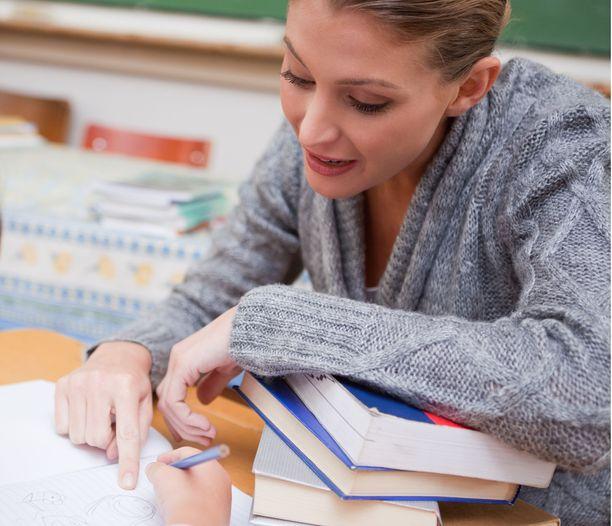 Peruskoulun alaluokan opettaja on naisten kymmenenneksi yleisin ammatti.