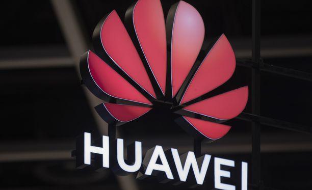 Huawei saattaa ottaa oman käyttöjärjestelmän käyttöön syksyllä.