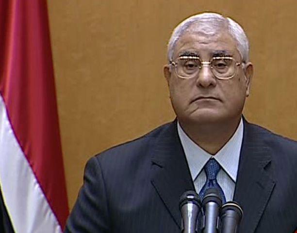 Adli Mansur toimii Egyptin johtajana vaaleihin saakka.