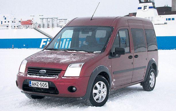 RAHTIALUS Transit Connect Tourney on ihmiskuljetuksiin sopiva rahtiauto.