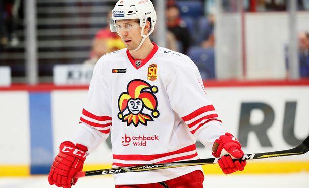 Rasmus Rissanen tahkosi narrinutussa kaksi KHL-kautta.