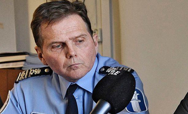 Poliisikomentaja Lasse Aapiota epäillään Iltalehden tietojen mukaan ainakin viidestä eri rikoksesta.