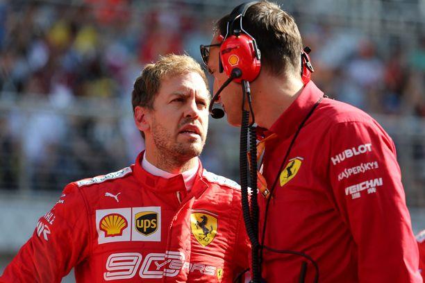 Sebastian Vettelillä on paljon selitettävää Venäjän GP:n jälkeen.