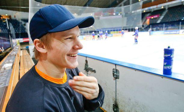 Jan-Mikael Järvinen on kevään 17 pudotuspeliottelussa tehnyt 1+9=10 tehopistettä.