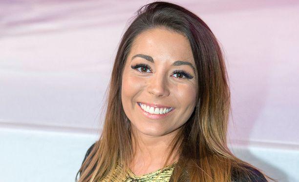 Amanda Harkimo tuli tunnetuksi vuonna 2011 Big Brotherin kautta. Harkimo oli mukana 39 päivää.
