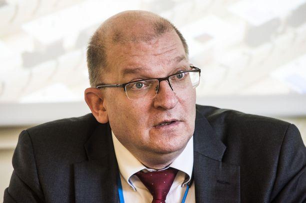 Teollisuusliiton puheenjohtaja Riku Aalto.