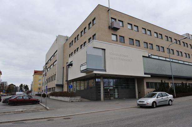 Tapauksen käsittely alkoi huhtikuussa Pohjanmaan käräjäoikeudessa.