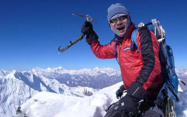 Ryhmää johti kokenut eteläkorealainen kiipeilijä Kim Chang-ho. Myös hän sai surmansa.