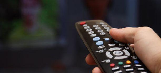 Kolme tv-kanavaa sai huomatuksen liiallisesta mainonnasta.