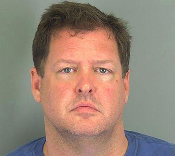 Todd Kohlhepp pidätettiin, kun hänen pihaltaan löytyi konttiin kahlittu nainen.