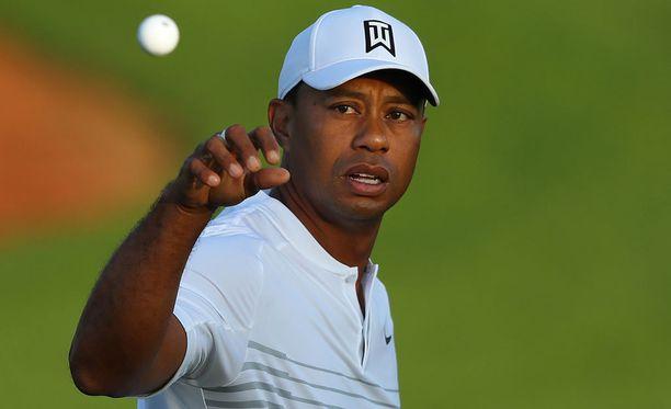Tiger Woodsin elämä on ollut tällä vuosikymmenellä yhtä vuoristorataa. Viime aikoina golflegenda on saanut taas pelistäänkin kiinni.