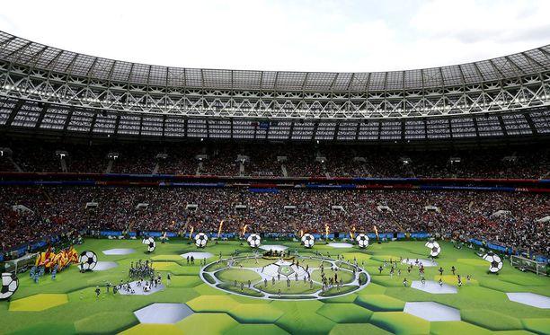 Jalkapallon MM-kisat alkoivat torstaina Moskovassa järjestetyillä avajaisilla.