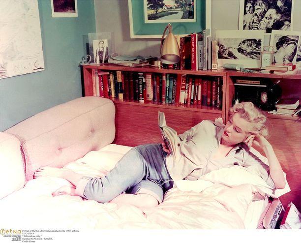 Marilyn Monroe farkuissaan