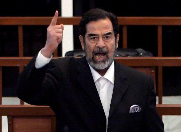 Saddam Hussein johti pelolla. Niin tekee myös äärijärjestö Isis.