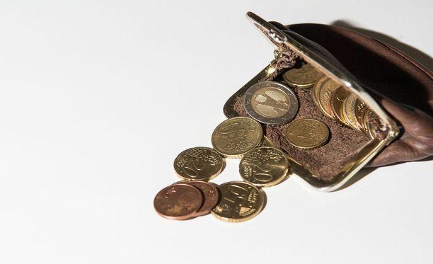 Tapauksessa vastaaja yritti ryöstää polttoainemittarin maksuautomaatin tämän vuoden maaliskuussa Ylöjärvellä tarkoituksenaan saada mittarista rahaa.