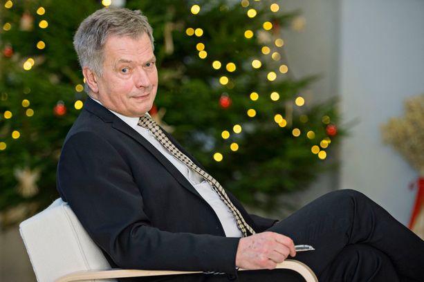 Niinistö kertoo tunteneensa voimattomuutta kansanedustaja Olli Immosen kirjoituksen synnyttämän monikulttuurisuuskeskustelun ja kahtiajaon myötä.