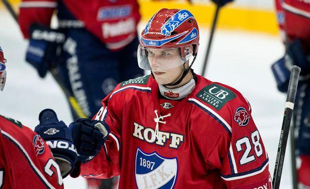 Jasse Ikonen nousee kakkosketjuun Nikolai Goldobinin paikalle.