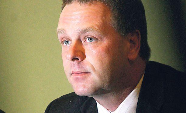 Asuntoministeri Jan Vapaavuoren kannattaisi vaalia asuntoyhtiöitä kansallisena erikoisuutena.