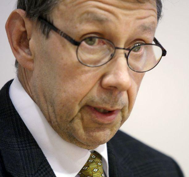 Jaakko Jonkka käsitteli kahdeksan hätäkeskustapausta.
