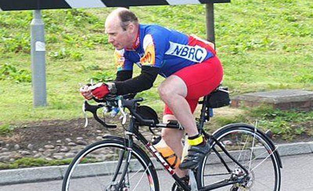 Steve Abraham on 40-vuotias maratonpyöräilyn veteraani.