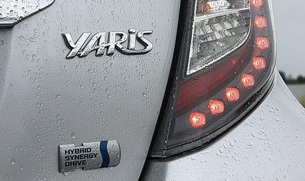 Toyota Yaris Hybrid on sekä uutena että käytettynä edullisin hybridi, jolla päästään alle 80 g/km päästöihin.
