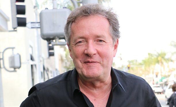 Piers Morgan ja Jim Jefferies eivät tulleet juttuun televisiolähetyksessä.