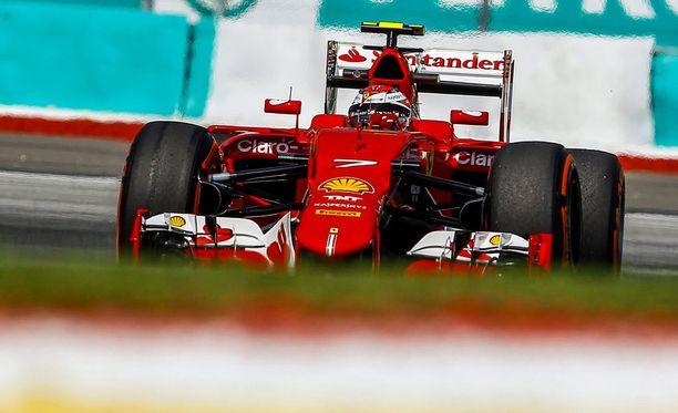 Kimi Räikkönen oli perjantaina radan kolmanneksi nopein kuljettaja.