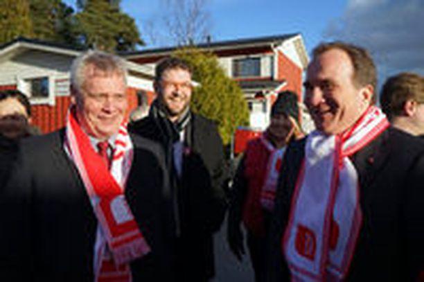 Ruotsin pääministeri Löfven kävi tukemassa SDP:n kampanjaa maaliskuussa 2015. Vasemmalla SDP:n puheenjohtaja Antti Rinne.