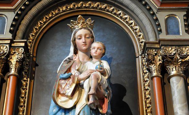 Naiset, jotka pelkäävät synnyttävänsä uuden Jeesuksen voivat ottaa vakuutuksen siitä aiheutuvia kustannuksia vastaan.