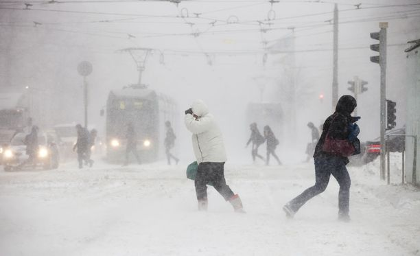 Marraskuun lopussa 2012 Helsingissä tuli hurjasti lunta.