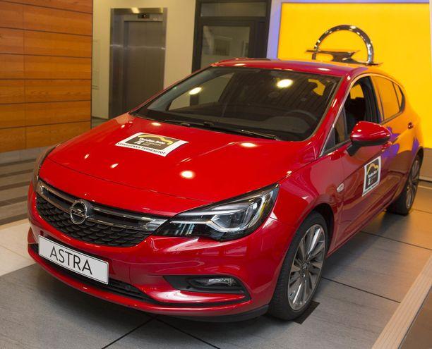 Vuosi sitten Opel Astra sai lukijoiden äänet.