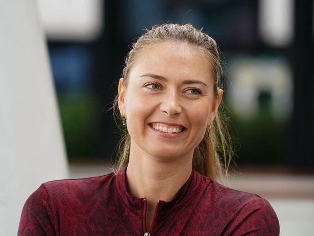 Maria Sharapova osti tontin Kaliforniasta.