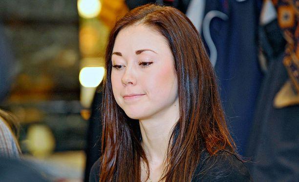 Laura Lepistön kilpaura päättyi maaliskuussa 2012.