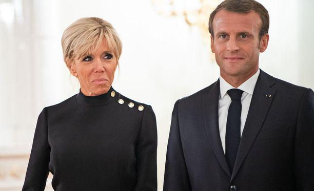 Ranskan presindenttipari presidentilinnassa keskiviikkona 29.8.2018