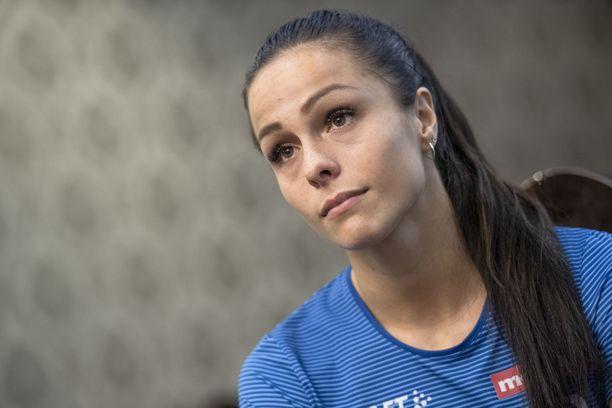 Maria Huntington on Suomen lupaavimpia yleisurheilijoita.