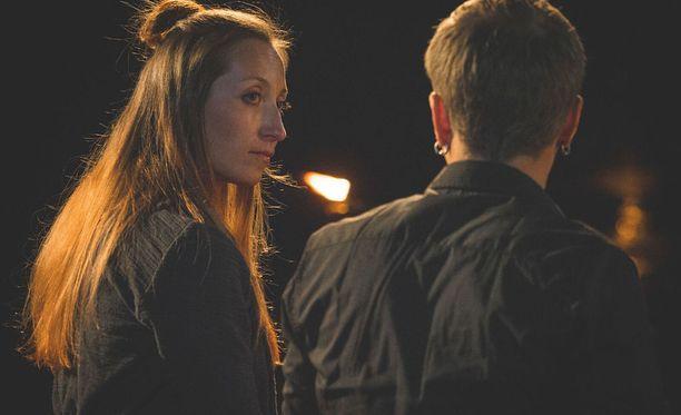 Minna ja Sammy eivät ehtineet käsittelemään kaikkia asioita yhteisellä iltanuotiolla. Iltanuotion jälkeen he jatkoivat Thaimaan matkaa neljän vuorokauden ajan, puhuen ja keskustellen ohjelman tapahtumista.