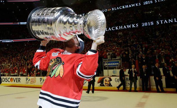 Kimmo Timonen voitti Stanley Cupin Chicago Blackhawksin riveissä.