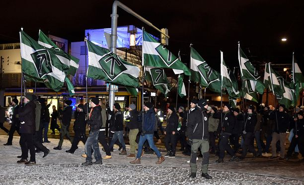 Pohjoismainen vastarintaliike järjesti kulkueen Helsingissä itsenäisyyspäivänä.