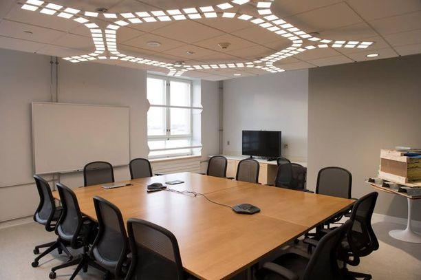 EKOVALOT Innovaatiokeskuksessa on käytetty muun muassa OLED-valoja, jotka koostuvat täysin orgaanisista ainesosista.