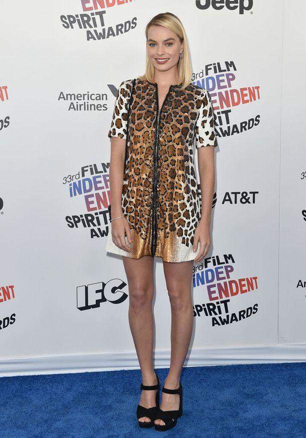 Näyttelijä Margot Robbie tavoittelee parhaan naispääosan palkintoa. Hän on ensimmäistä kertaa ehdolla.