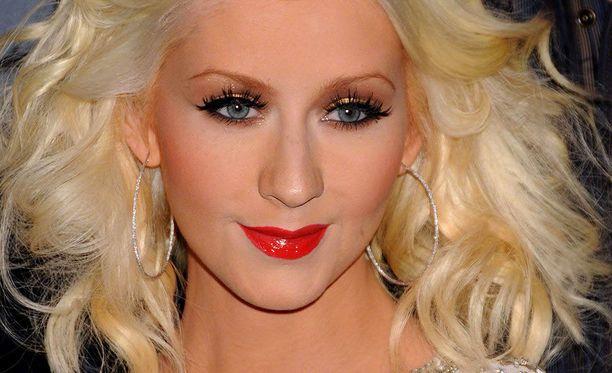 Christina Aguilera on tunnettu yhdysvaltalainen laulaja. Hänen kappaleisiinsa kuuluvat esimerkiksi Genie in a Bottle ja Beautiful.