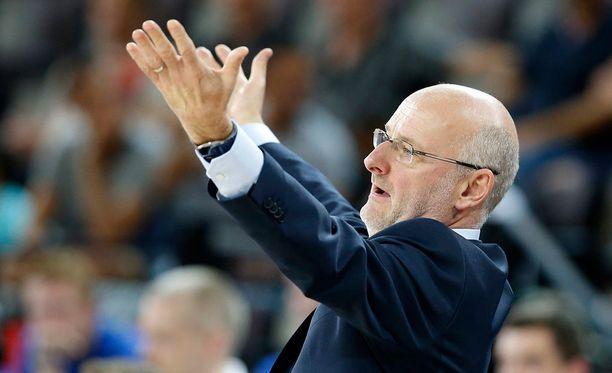 Henrik Dettmannin mukaan suomalaisten jaloissa painoi vielä eilinen Ranska-ottelu.