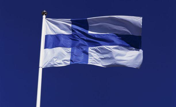 Haminaan kohoaa ensi keväänä valtava siniristilippu maailman korkeimmassa puisessa lipputangossa. Kuvituskuva.