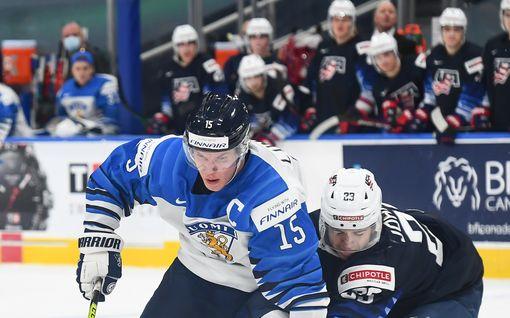 """Anton Lundell varttui Mikko Koivu -juliste seinällään – """"Pelaaja, jota olen aina katsonut ylöspäin"""""""