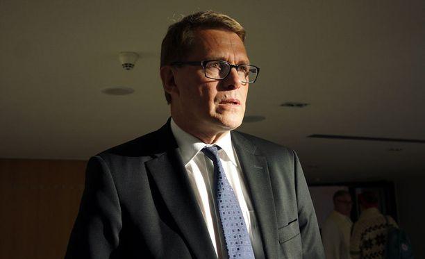 Vanhasen mielestä Suomen ei kannata myöntää Kreikalle velkoja anteeksi.