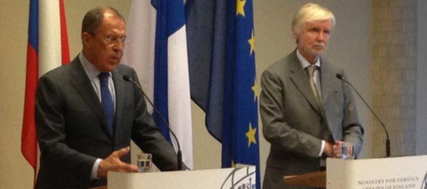 Sergei Lavrov ja Erkki Tuomioja tapasivat turkulaisessa hotellissa.