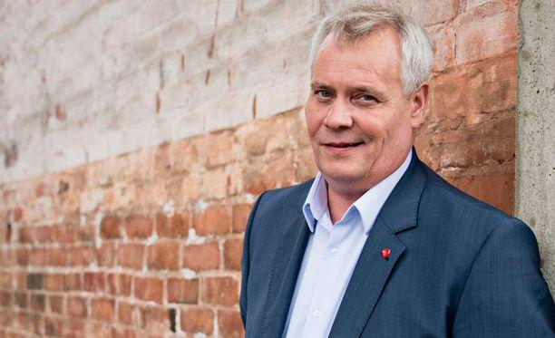 Antti Rinne valottaa jatkosuunnitelmiaan marraskuussa.